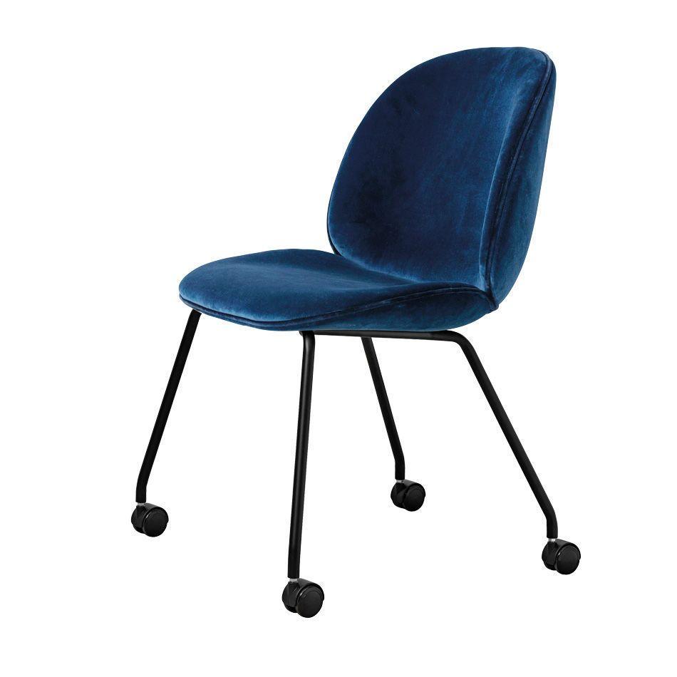 GUBI Beetle Stuhl mit Rollen - Schale: blau Jetzt bestellen unter ...