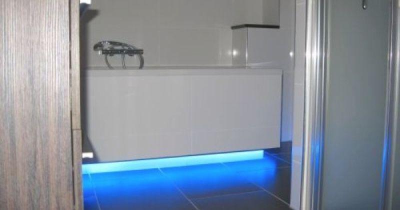 Badkamer led strips verlichting http://www.ledstrip-specialist.nl at ...