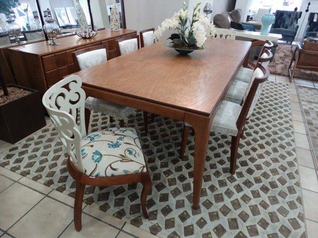 Mesa de Jantar Retangular 2821 com Cadeiras 1383 e 2902 Herval