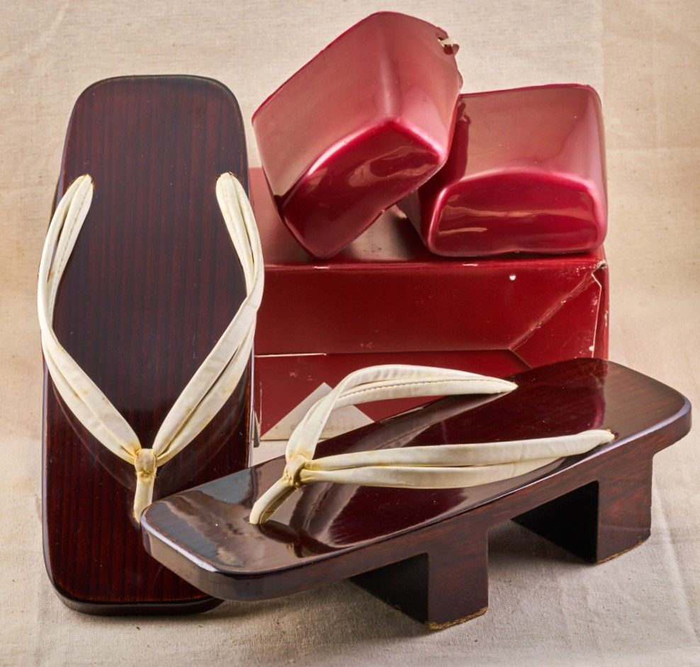 a27edac6812 Vintage Geta Shoes for Girls