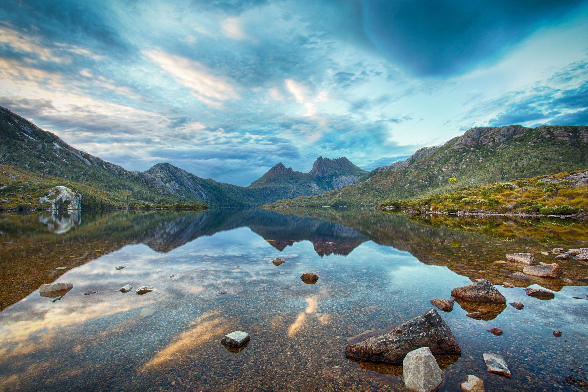 Cradle mountain lake st clair national park tasmania