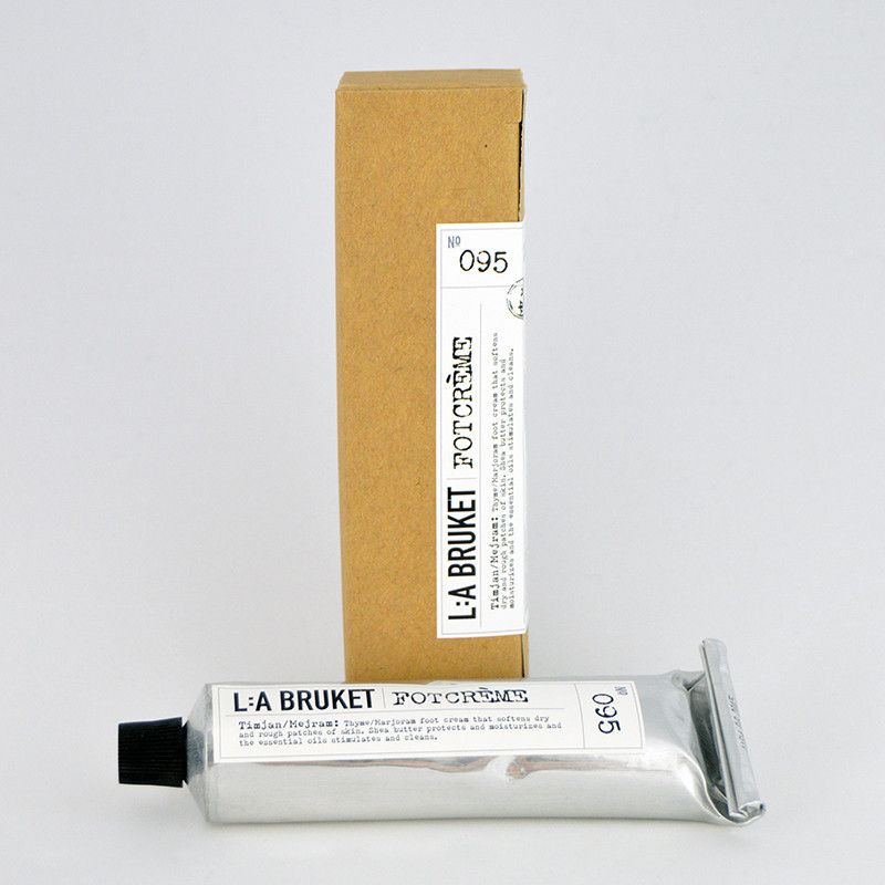 L:A Bruket - Foot Creme Thyme/Marjoram 095: Soften rough dry feet with this blend of ultra moisturizing Shea butter with stimulating and mildly antiseptic essential oils.