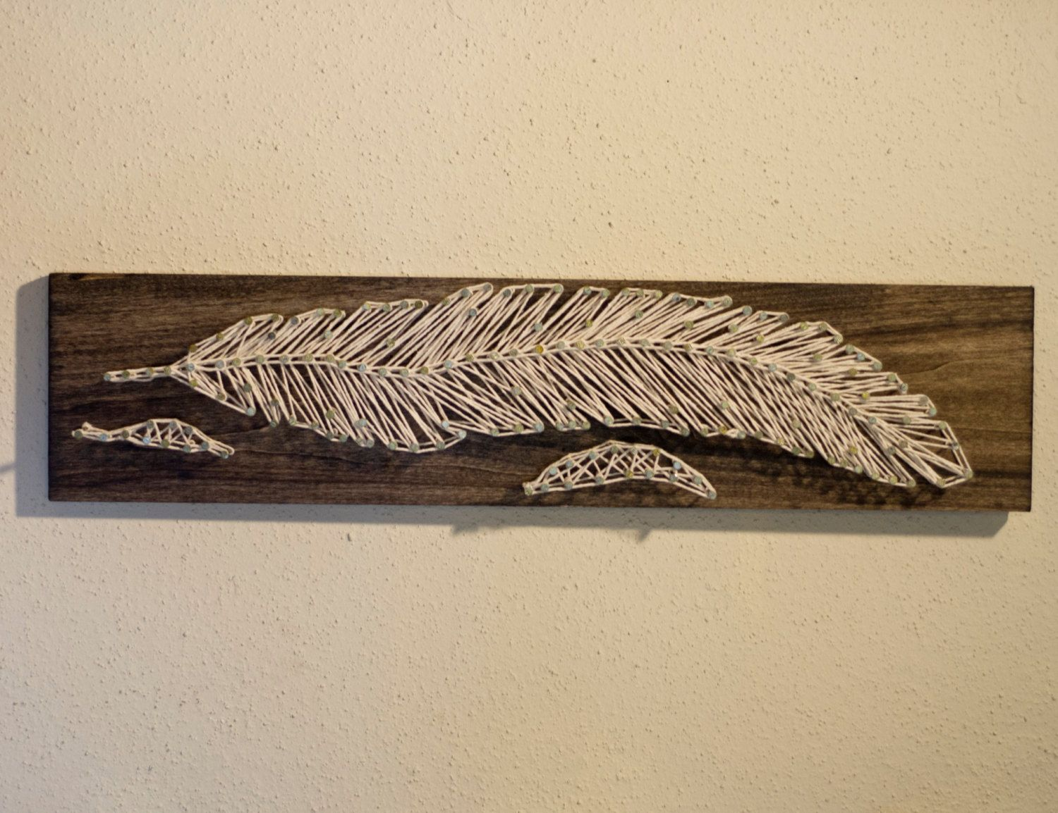 Etsy の Feather Wood Nail & String Art by ShelbysWoodshop | nail and ...