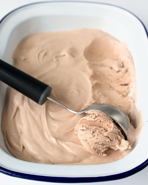 Chocolate Frosty #chocolatefrosty Make this delicious chocolate frosty at home - without cool whip. No ice cream maker needed either! #chocolatefrosty Chocolate Frosty #chocolatefrosty Make this delicious chocolate frosty at home - without cool whip. No ice cream maker needed either! #chocolatefrosty