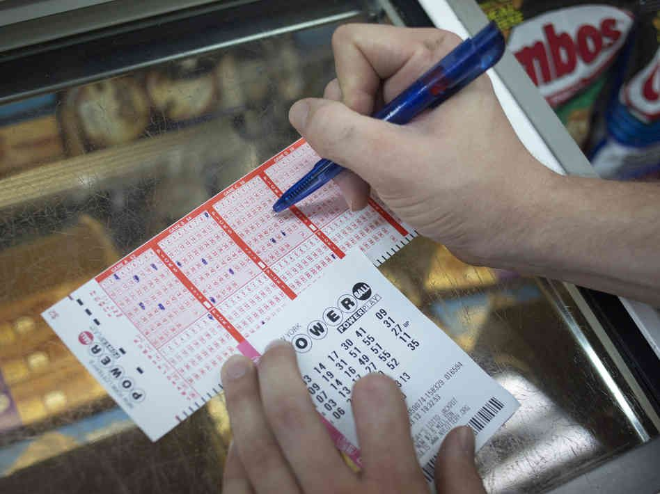 Several grand prize winners have lost their several winnings play Euromillions in a short quantity of your time. Most of them would resign from their respective jobs and pay their winnings in uncommon expenses such as dearly-won vacations, upgrading the vehicles and buying a couple of homes for his or her families. Their winnings would eventually fade away in a much bit of amount.