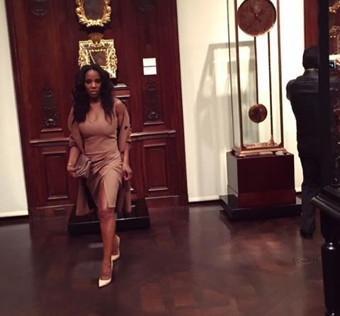 'The fabulous #JuneAmbrose with a brown monochromatic look #style #fashion'