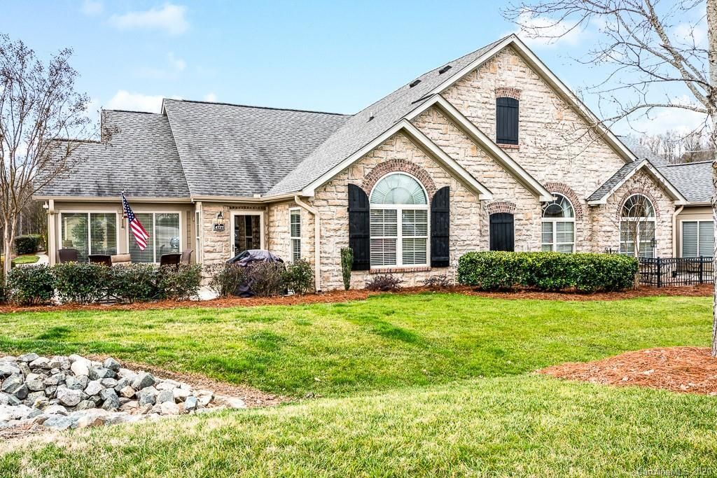 Pin on condos townhomes for sale in charlotte nc
