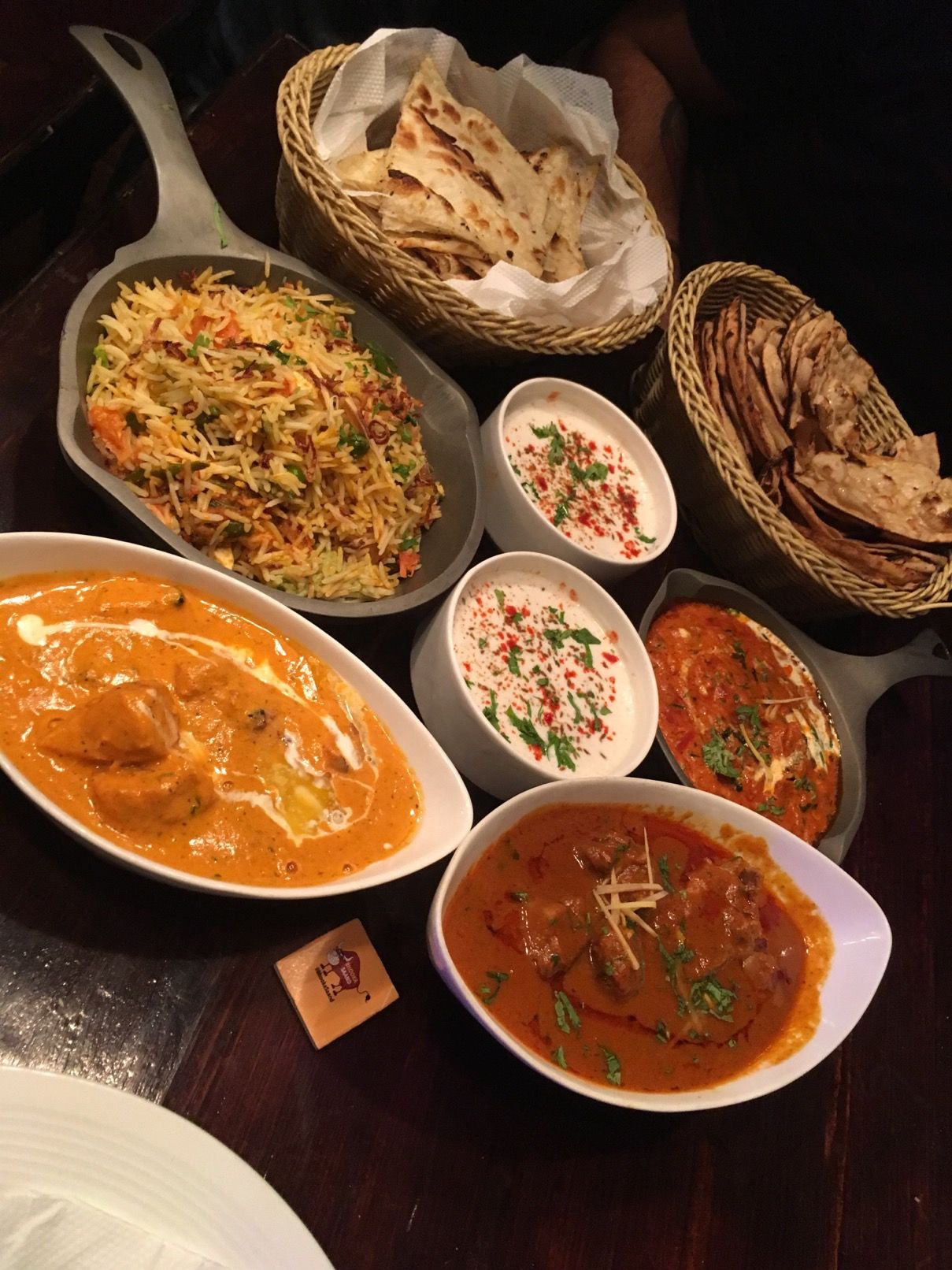 Check Out Sneak Preview And Food Review Of The The Headquarter Lounge Bar Located In New Delhi Food Food Reviews Food Blog