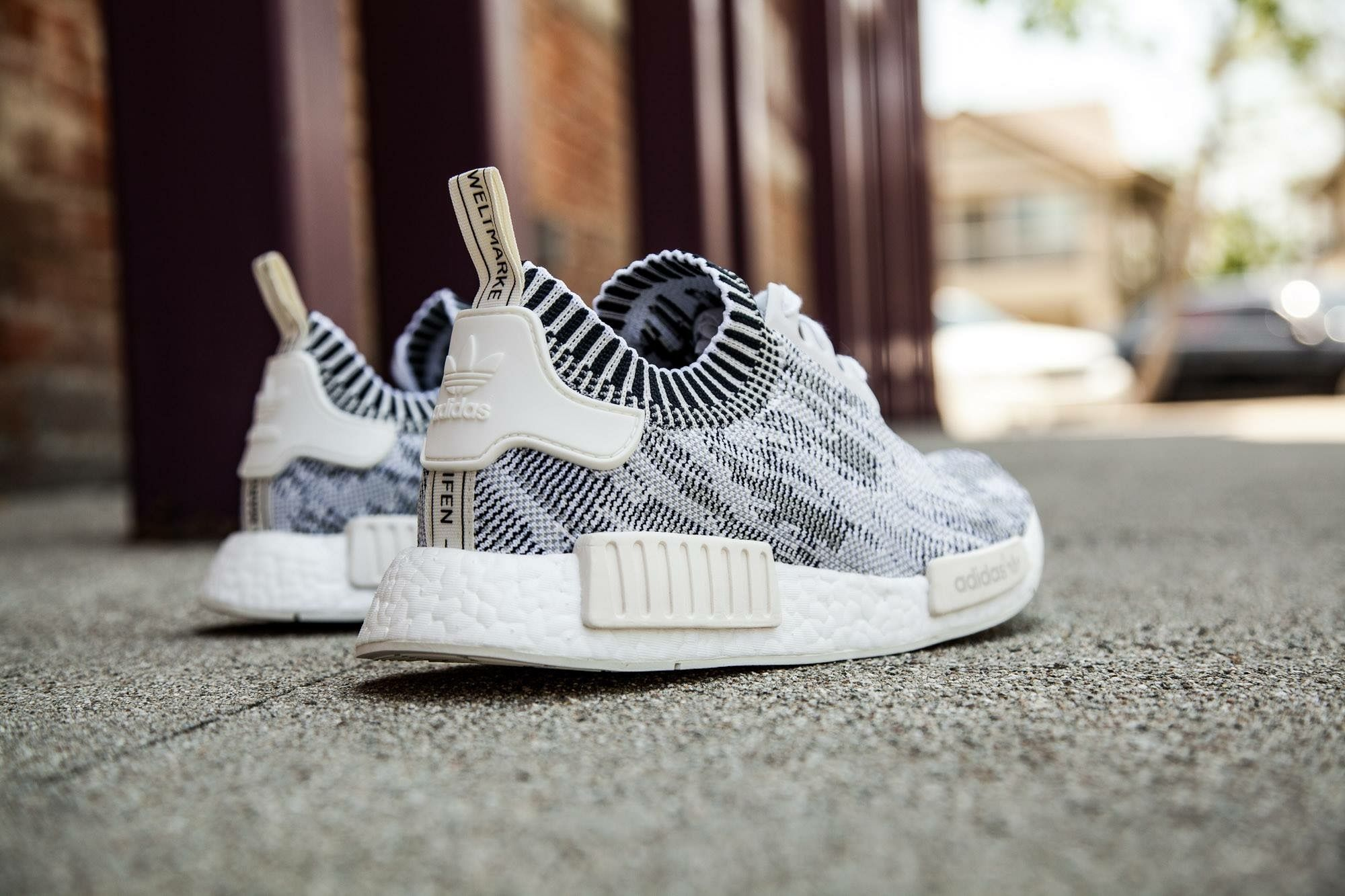 adidas gazelle men white adidas nmd women grey glitch camo