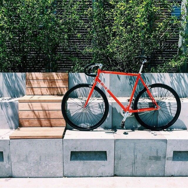 @joeslavich showing off his new #MiiR Payette. Ride on friend! #bikes4bikes #designedtoempower [: @joeslavich] by miir