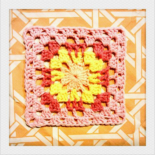 Granny #Square# freebie pattern. Another beauty from this blogger, thanks so xox