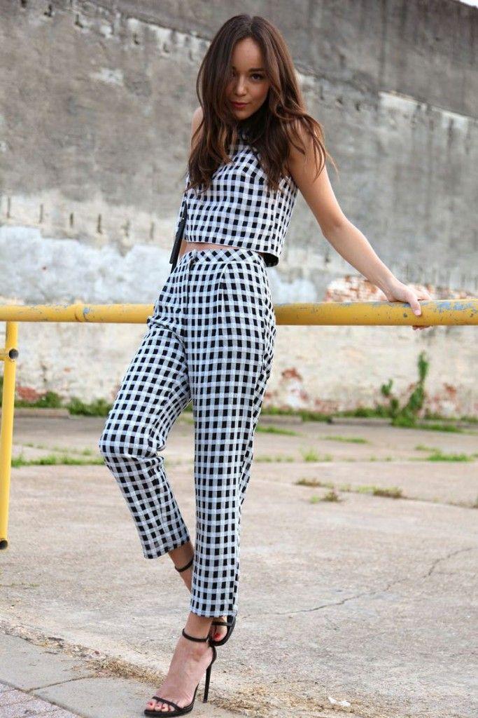 5628cbedd62a6 Sokak Modası: Alt Üst Takım Kıyafetler | Modaviki | Moda, Elbiseler ...