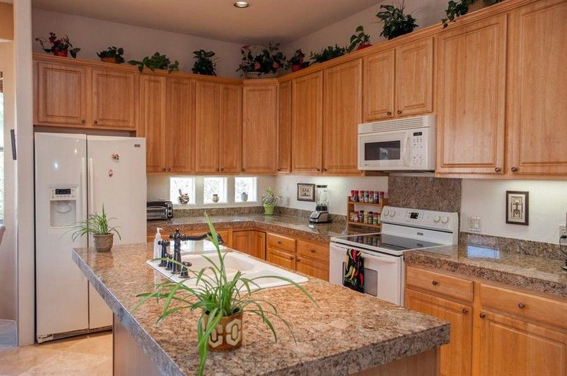 Kitchen, Oak Kitchen Cabinets With Granite Countertops