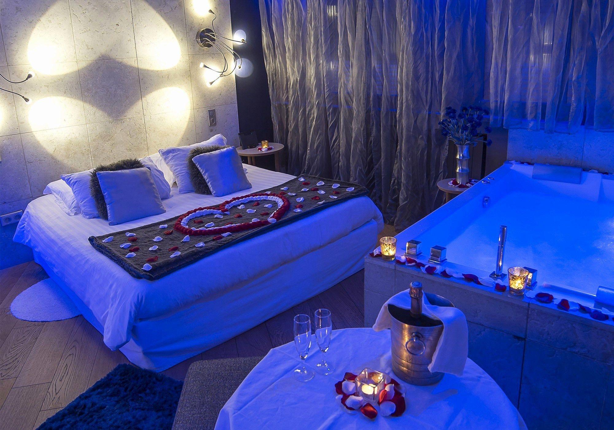 Unique Spa Lille Pas Cher Hotel Avec Jacuzzi Privatif Hotel Jacuzzi Meuble Salle De Bain Une Vasque