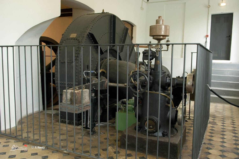 La turbina. El corazón de la fábrica. Accionaba todo el sistema además de producir electricidad. Hoy en día se utiliza para lo segundo; producir electricidad.