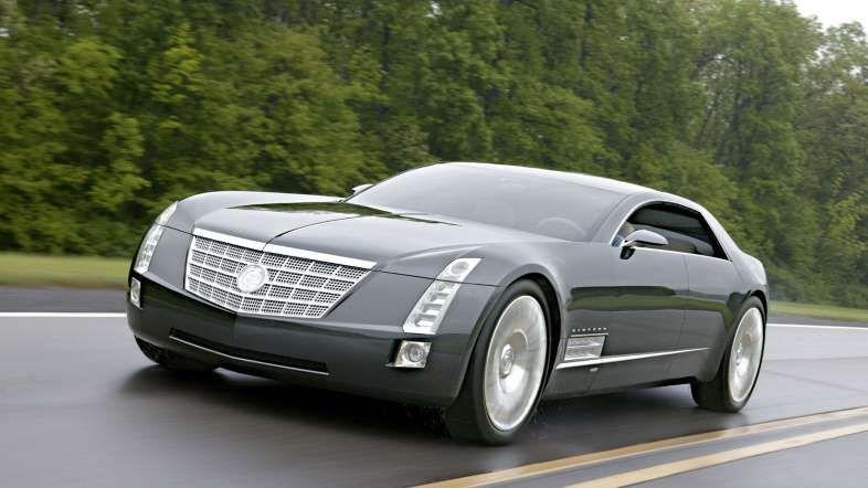 13 van 21 ©Cadillac CADILLAC SIXTEEN We twijfelden tussen de Cadillac Sixteen en de Cadillac Elmiraj, maar het is toch die eerste geworden. Omdat hij ons doet denken aan de jaren dertig en omdat zijn V16 motor ruwweg 1000 pk aflevert.
