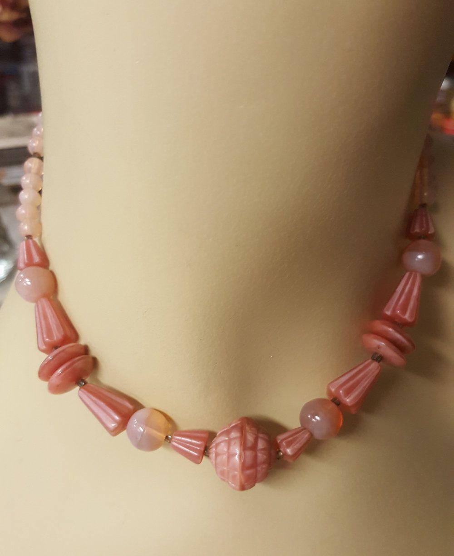 1920/'s Deco Pink Opalescent Molded Glass Bead Choker 14-12 Czech Molded Opal Glass Beads