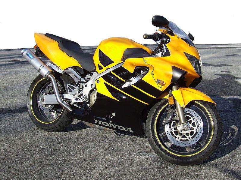 Steelers bike :) CBR600 F4! Well done