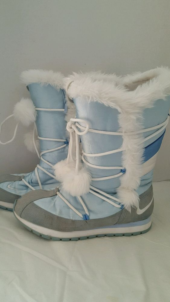 Nike winter boots snow boots baby blue white pom pom size 10 women ...