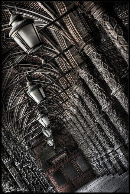 Abandoned belgium ue abandoned chambre du commerce - Chambre du commerce bayonne ...