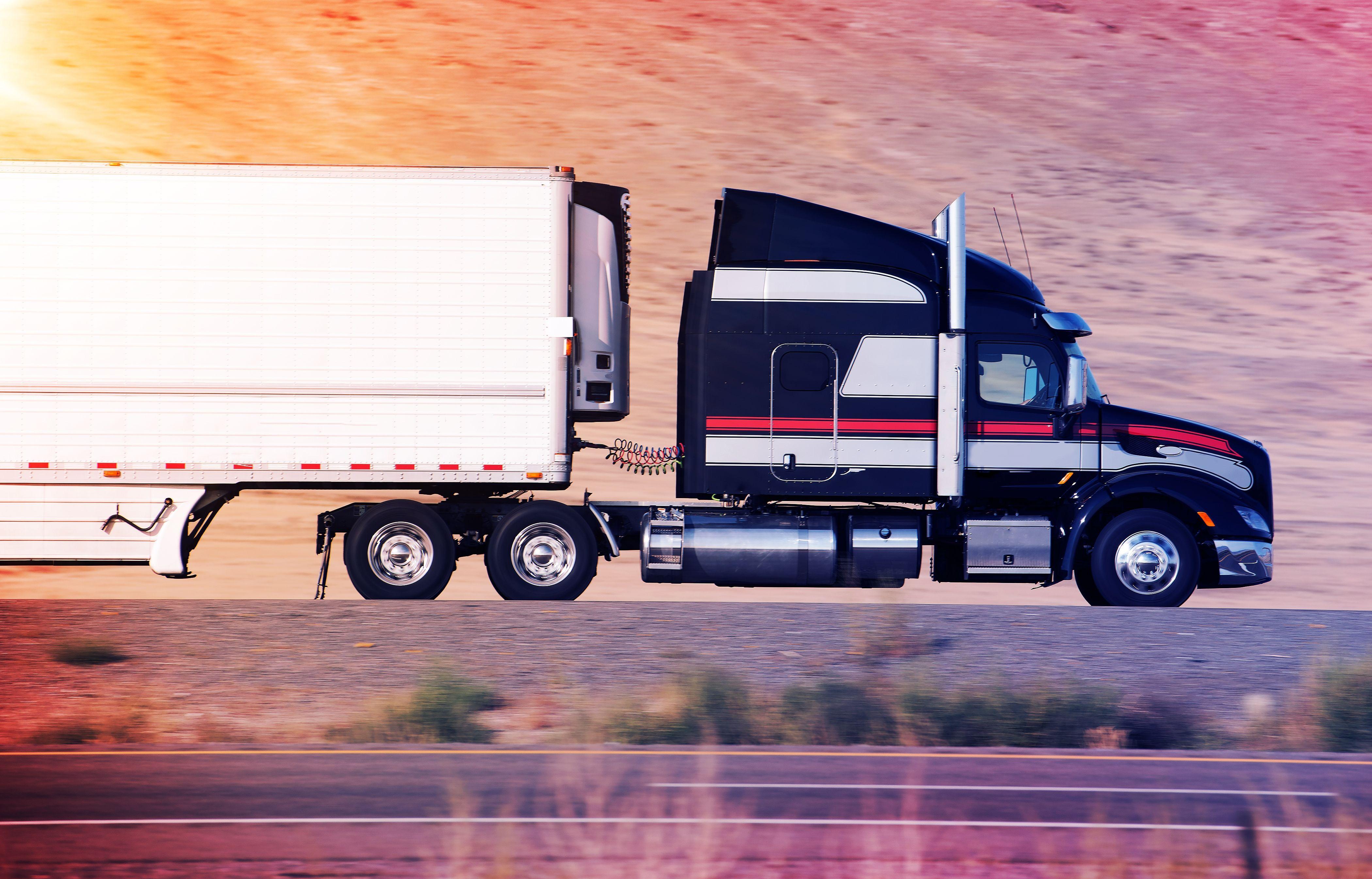 Semi Truck Insurance Agent In 2020 Semi Trucks Heavy Truck Trucks