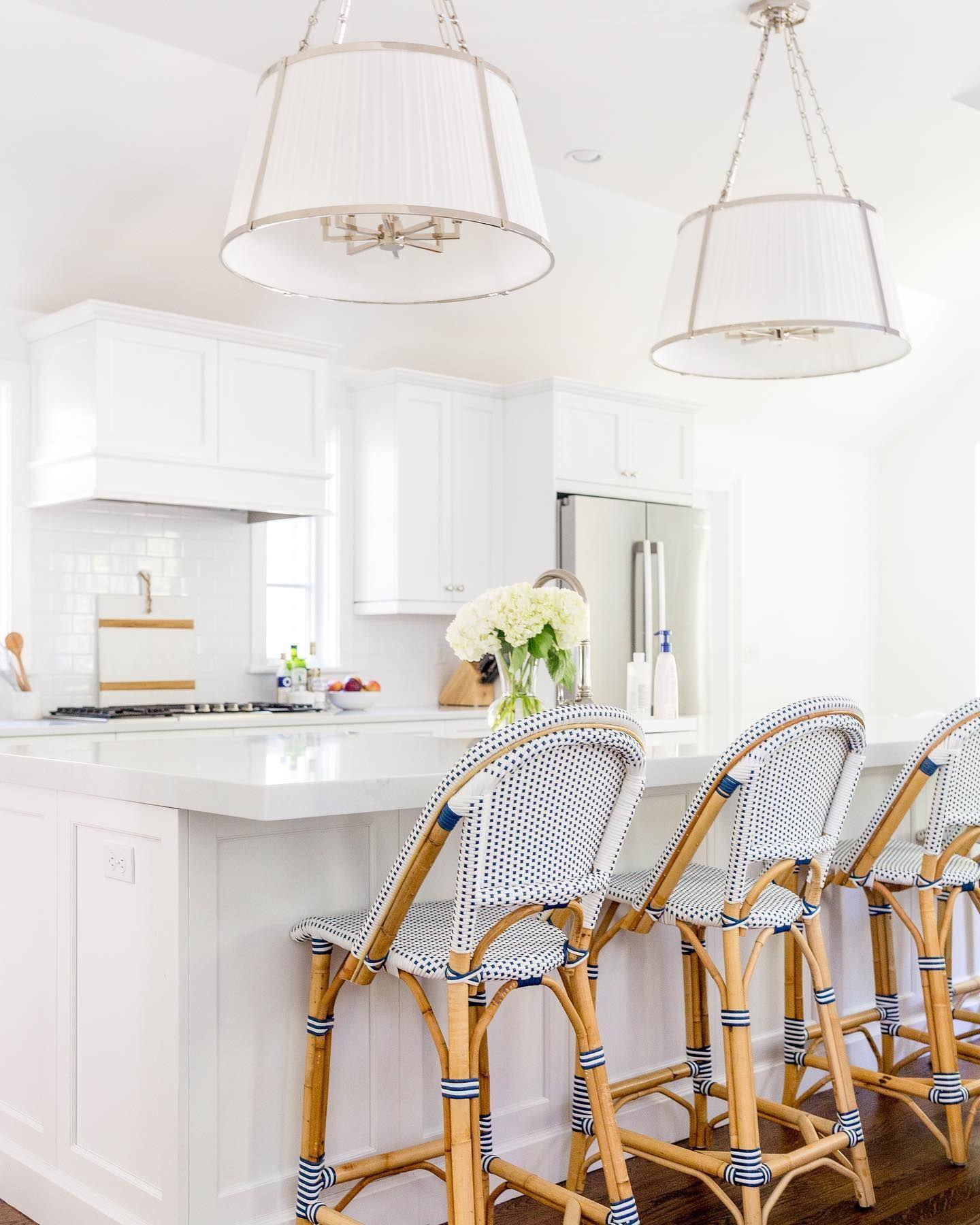 Pin By Mcarolinapirillo On House In 2021 Kitchen Inspiration Design Counter Stools Beautiful Kitchen Designs