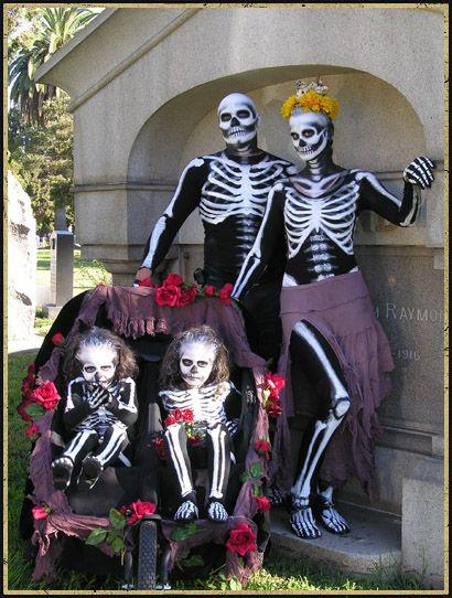 Dia De Los Muertos at Hollywood Forever 2010