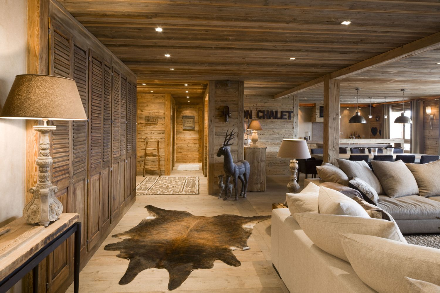 Pin about Deco chalet montagne on Rustic Elegance en 2019