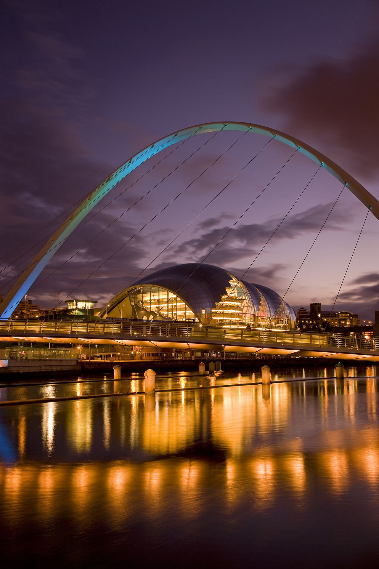 discovergreatbritain | Gateshead millennium bridge, Great ...