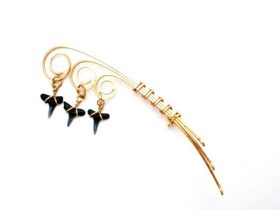 Vintage Shark's Tooth Brooch Gold Plated by TheJewelryLadysStore