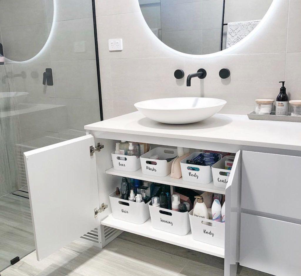 16 Brilliant Bathroom Organization Ideas | The Unlikely Hostess