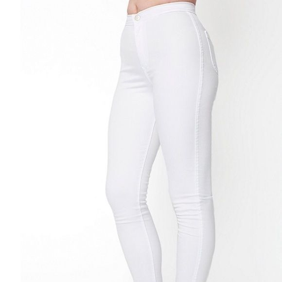 White AA Easy Jean Work once! Recently washed... Sized Medium, can fit small as well American Apparel Jeans Skinny