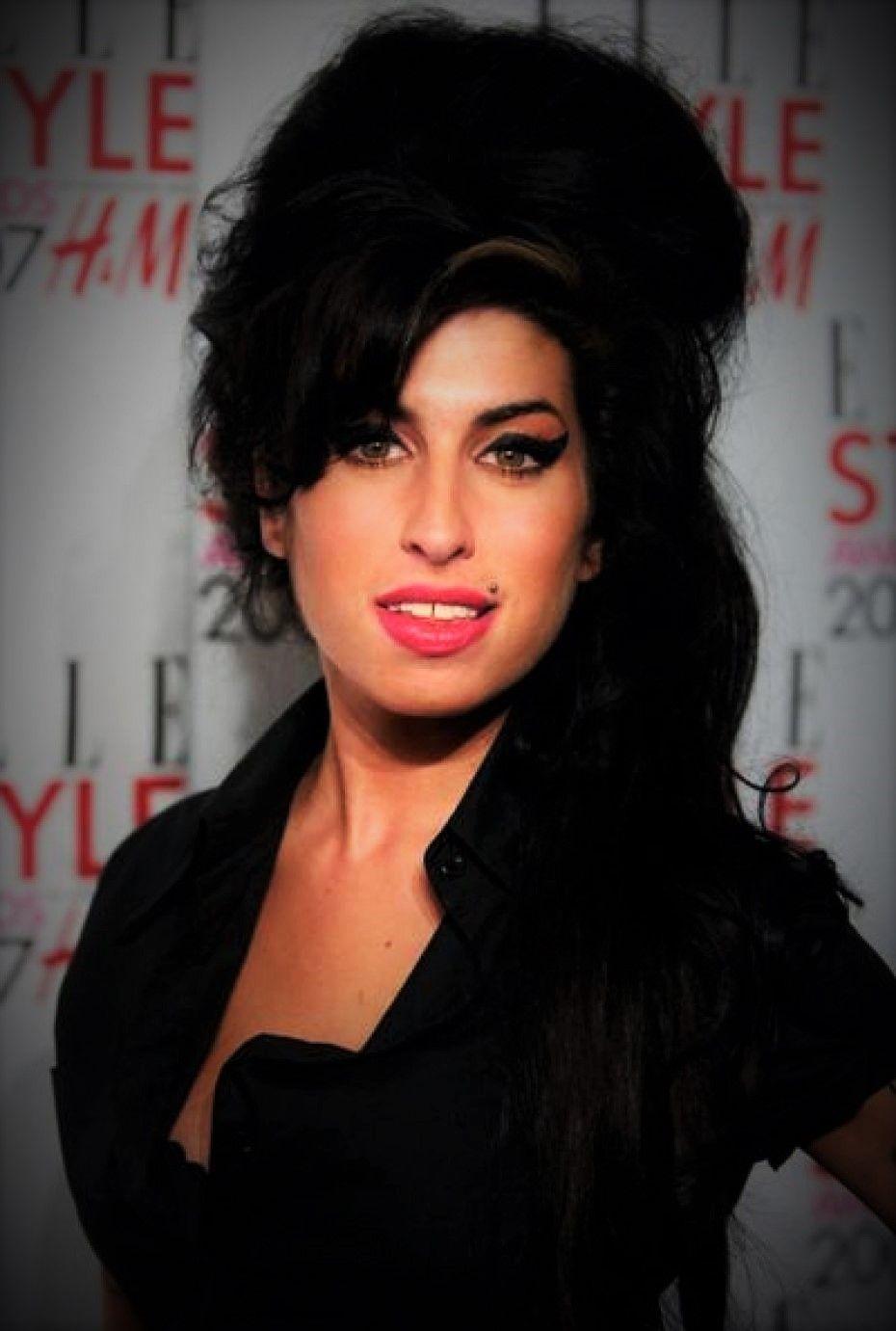 Trend Wie Man Amy Winehouse Frisur Bekommt Neue Frisuren 2018 Best