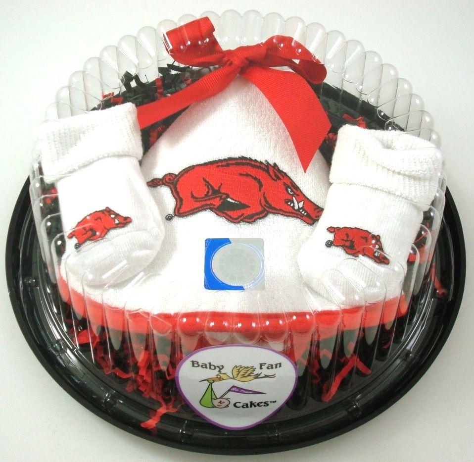 Arkansas Razorbacks Piece of Cake Baby Set   Arkansas razorbacks. Baby gift sets. Gift cake