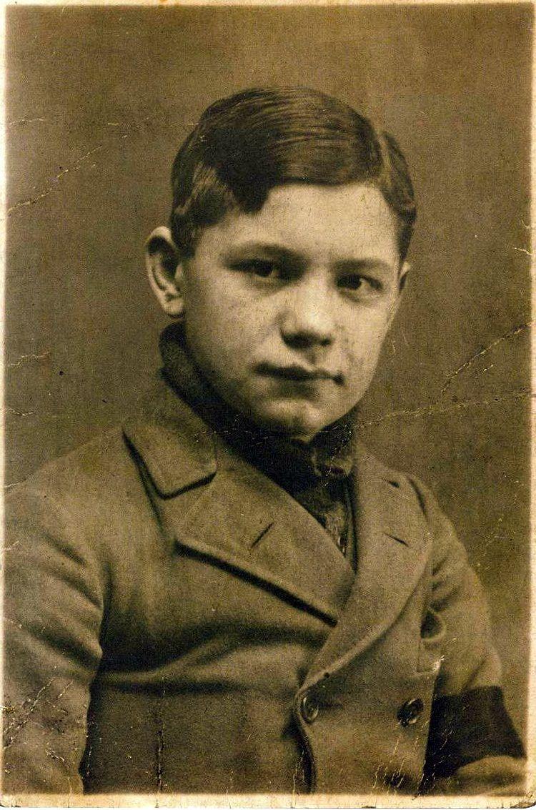 아틸라 요제프, 1920년경