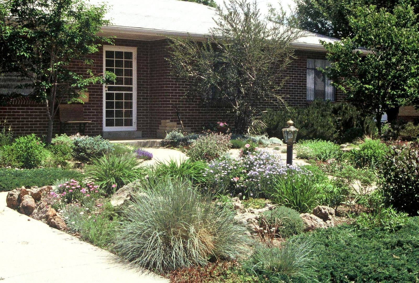 Front Yard Landscaping Ideas No Grass | Examples and Forms on No Lawn Garden Ideas  id=32981