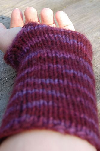 Pattern For Simple Wristwarmers Knit On Circular Needlesby Hgk