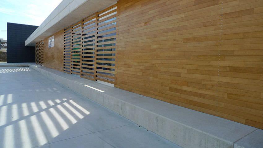 Fachada de castaño | Revestimientos de madera | Pinterest ...