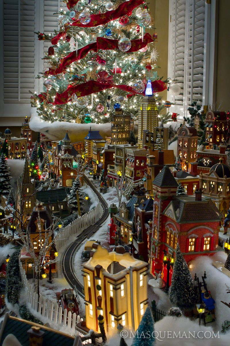 andrew hughes of masqueman photography design atlanta ga photographing a miniature christmas city by department 56