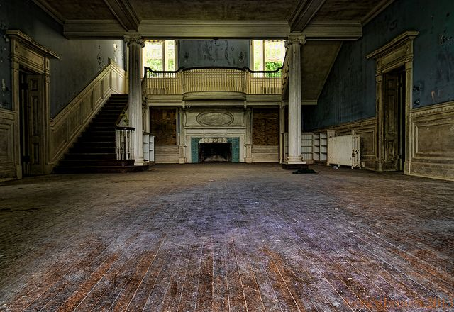 abandoned mansion abandoned mansions northern virginia and abandoned. Black Bedroom Furniture Sets. Home Design Ideas