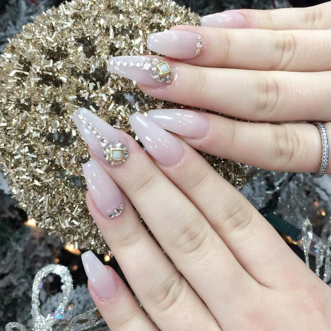 cool 30 Sparkly Ideas for Diamond Nails - A Girl\'s Best Friend Check ...