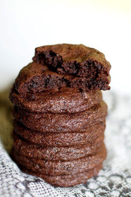 {Milk Bar Mondays} Chocolate Chocolate Cookies | The Baker Chick