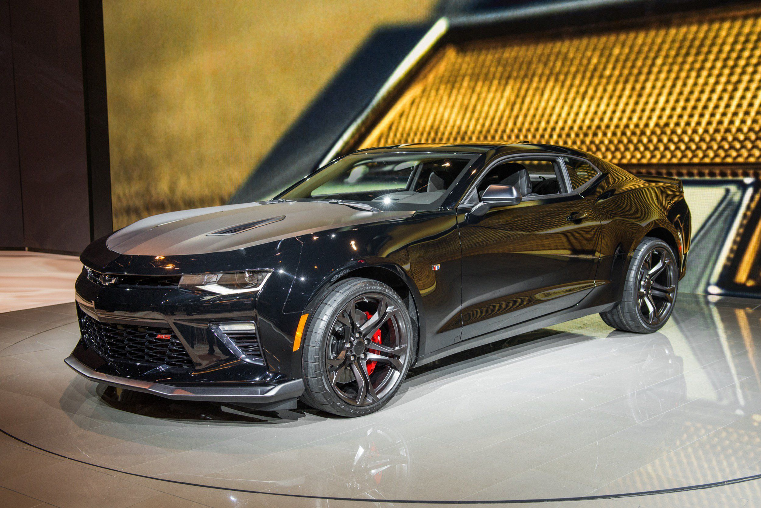 2020 Chevy Camaro New Review