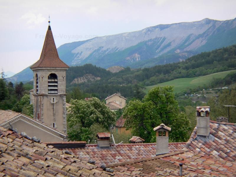 Glockenturm der Kirche, Orpierre