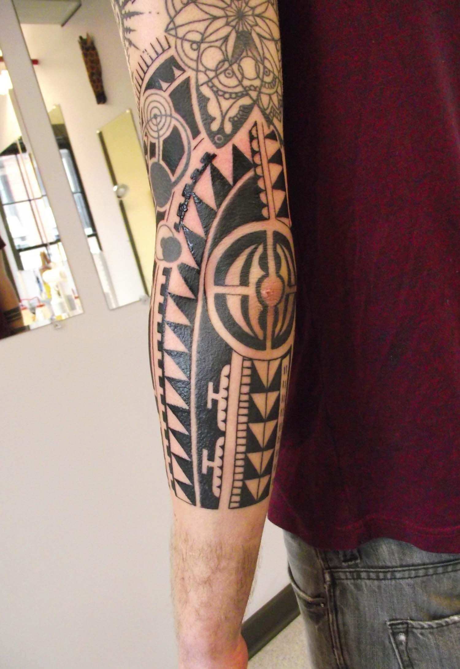 tatouage encre blanche free peuton parler de tatouage risque pour le tatouage encre blanche. Black Bedroom Furniture Sets. Home Design Ideas