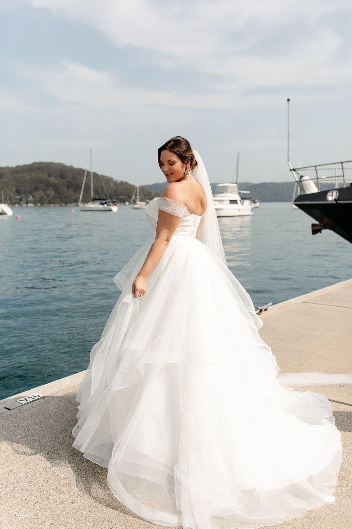 Davi Bridal Gown In 2020 Curvy Wedding Dress Bespoke Wedding Dress Wedding Dresses