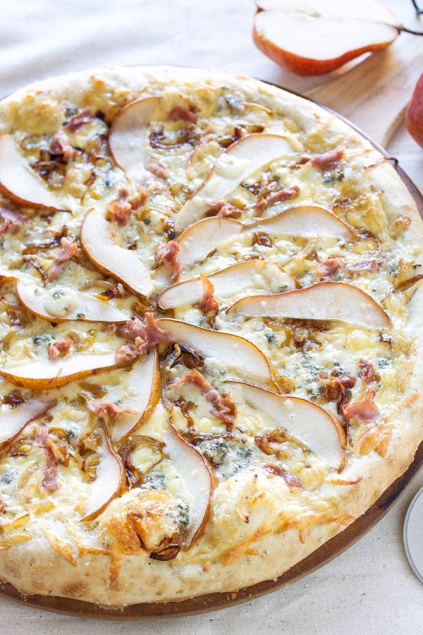 Photo of Pear, Prosciutto and Gorgonzola Pizza – Recipe Runner