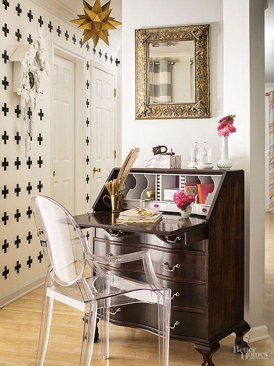This diy home mixes patterns like a pro escritorios oficinas y reciclar para decorar - Decorar despacho profesional ...