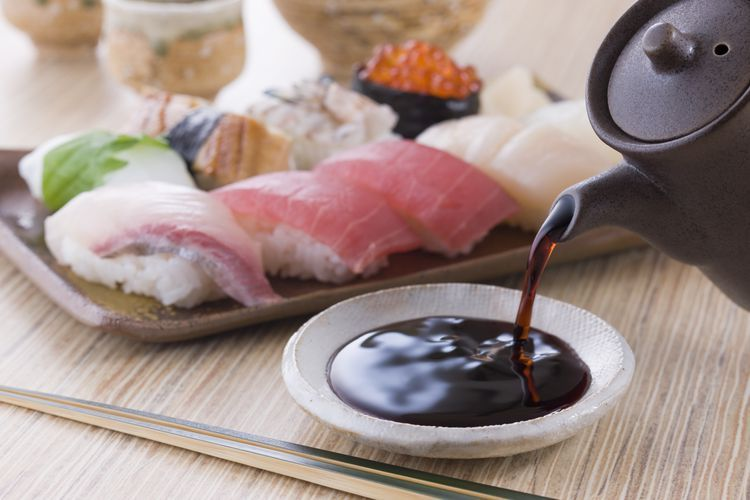 How To Remove Soy Sauce And Sushi Stains From Clothes And Carpet Soy Sauce Sauce Sushi