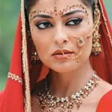 Resultado de imagem para maquiagem indiana